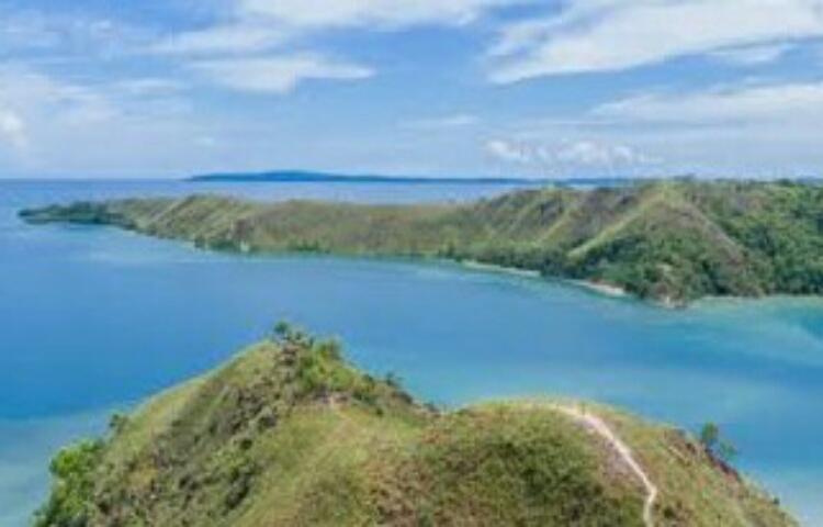Live Gunung Botak Mansel Potensi Wisata Bahari Channelbali Com
